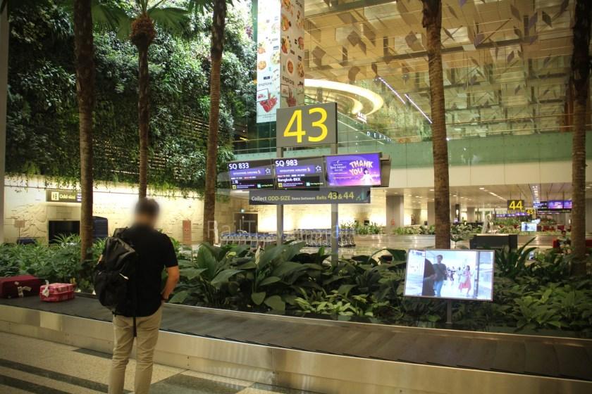 Singapore Airlines SQ983 BKK SIN 088