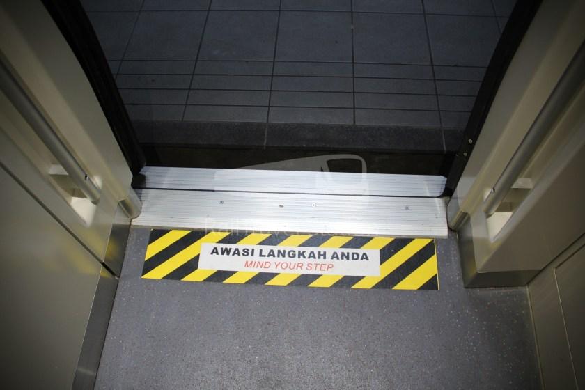 9274up Business Class KL Sentral Padang Besar 041