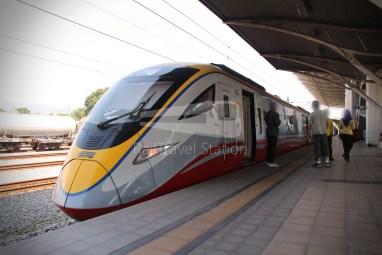 9274up Business Class KL Sentral Padang Besar 180