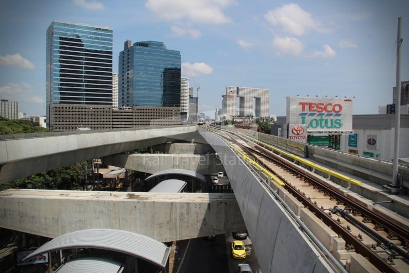 BTS Sukhumvit Line Ha Yaek Lat Phrao Extension 032