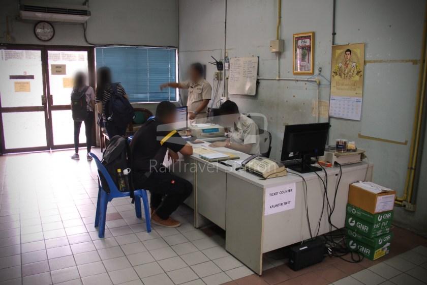Special Express 46 Padang Besar Bangkok Hua Lamphong 003