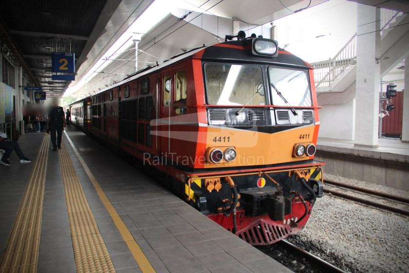 Special Express 46 Padang Besar Bangkok Hua Lamphong 009