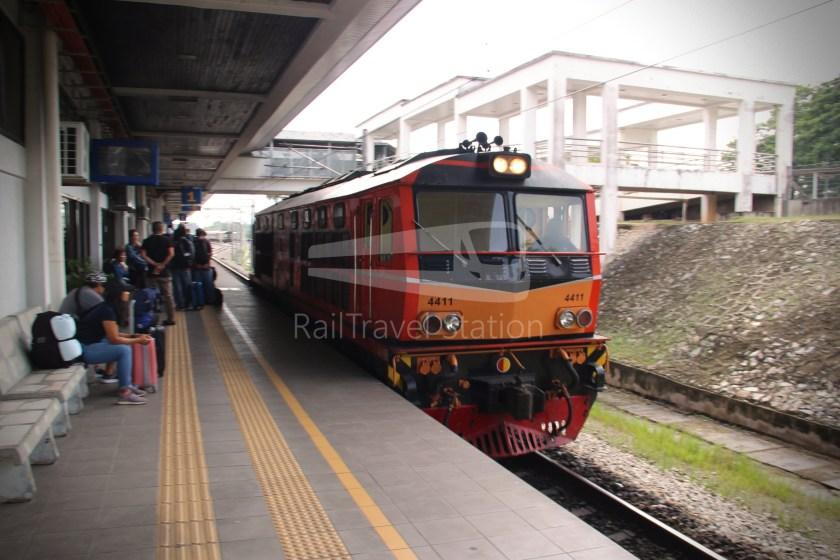 Special Express 46 Padang Besar Bangkok Hua Lamphong 012