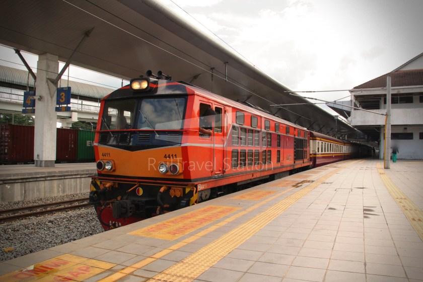 Special Express 46 Padang Besar Bangkok Hua Lamphong 021