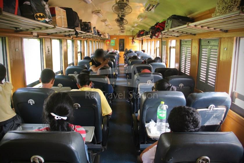 Special Express 46 Padang Besar Bangkok Hua Lamphong 098