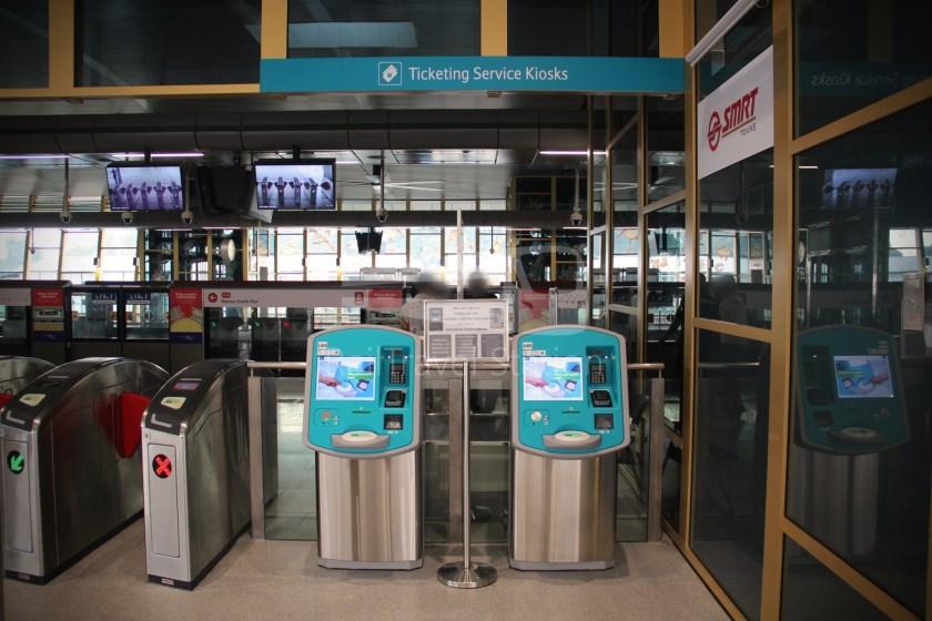 Canberra MRT Station 042