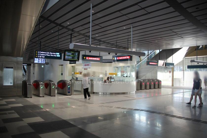 Canberra MRT Station 057