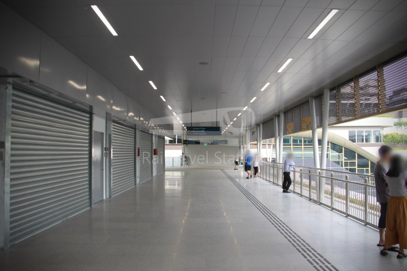 Canberra MRT Station 066