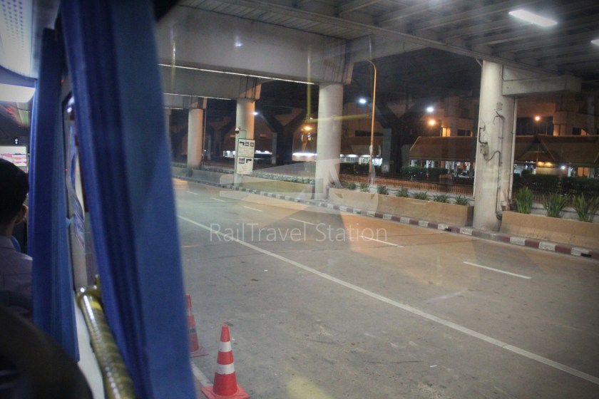 Don Mueang Airport Bus A1 DMK Mo Chit BTS 010