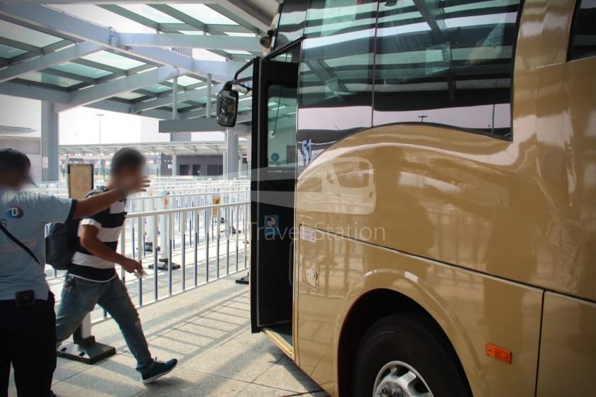 HZM Bus HZMB Macau Port HZMB Hong Kong Port 020