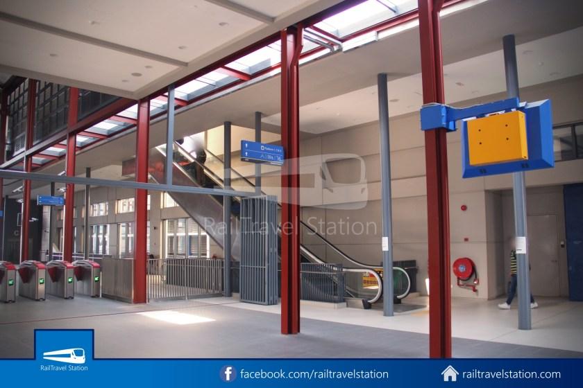 Abdullah Hukum LRT & KTM – KL Eco City – The Gardens Mid Valley Link Bridge 013