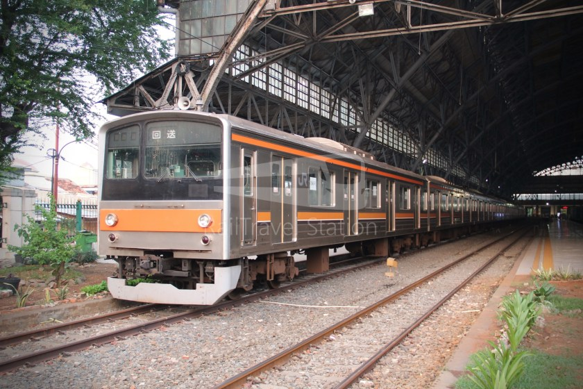 Musashino Line 205 Series Tanjung Priok 019