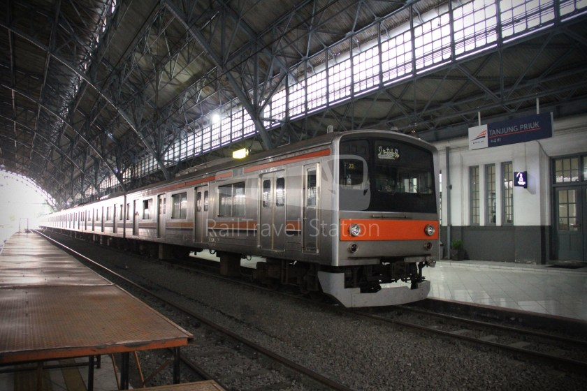 Musashino Line 205 Series Tanjung Priok 027