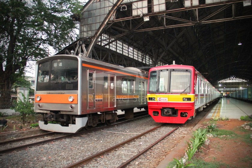 Musashino Line 205 Series Tanjung Priok 032