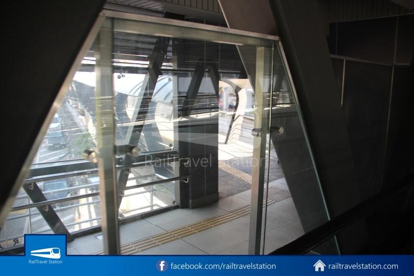 Pasar Seni LRT – Kuala Lumpur KTM Link Bridge 025