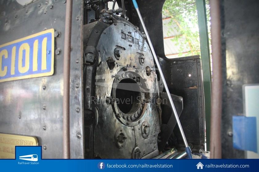 TMII Mini Train 010