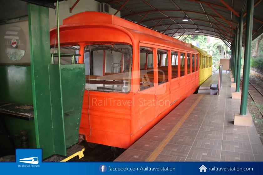 TMII Mini Train 086