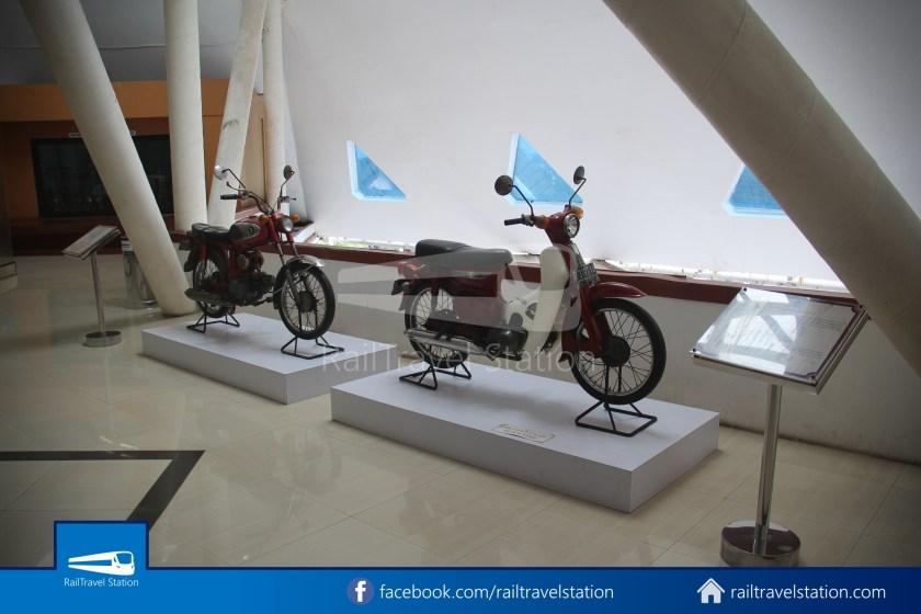 TMII Museum Transportasi 063