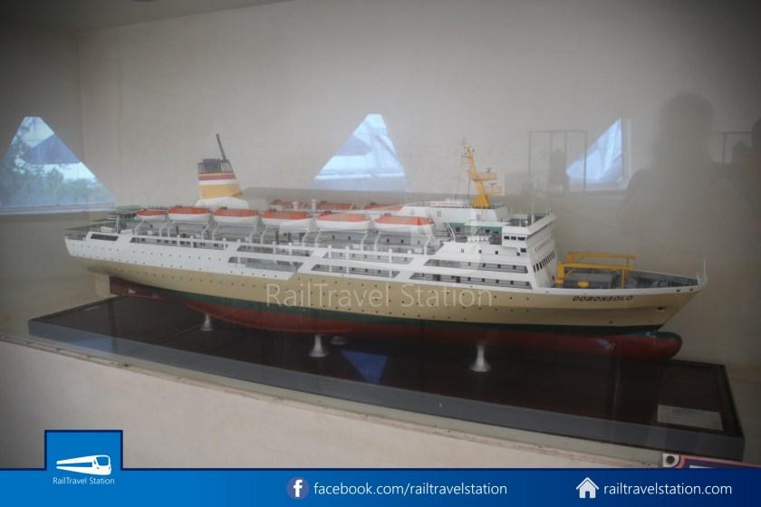 TMII Museum Transportasi 098