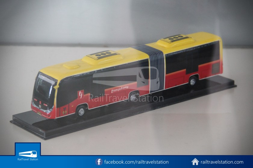 TMII Museum Transportasi 113