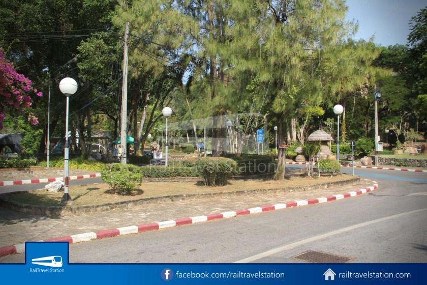 Hat Yai City Municipality Park Shuttle Songthaew Wonders Land Cable Car 004