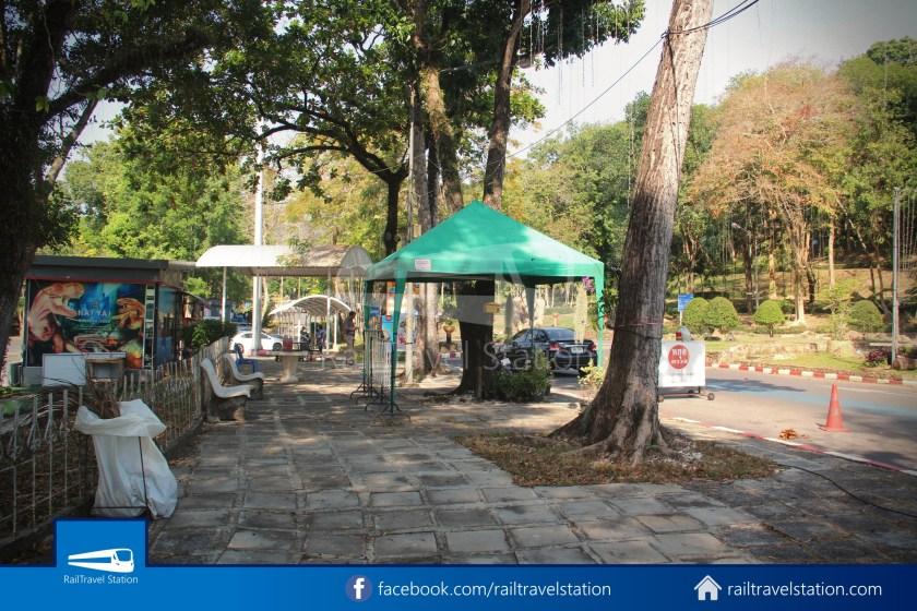 Hat Yai City Municipality Park Shuttle Songthaew Wonders Land Cable Car 005
