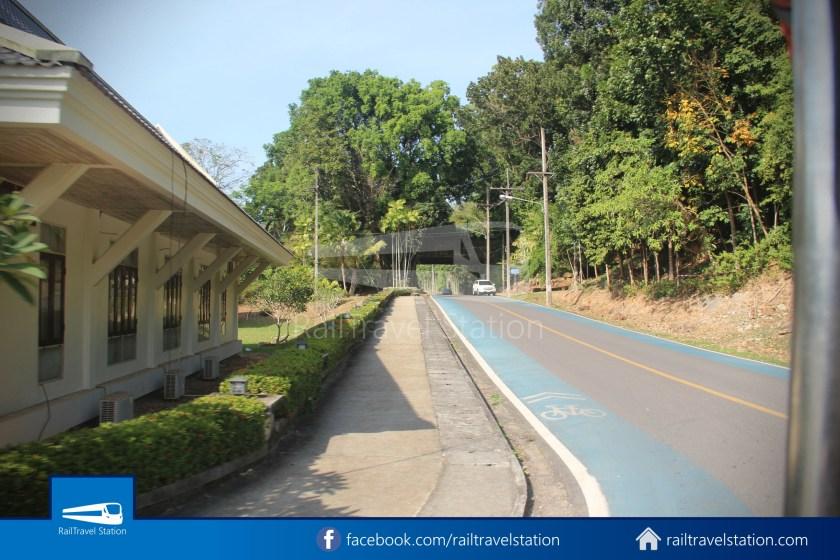 Hat Yai City Municipality Park Shuttle Songthaew Wonders Land Cable Car 020