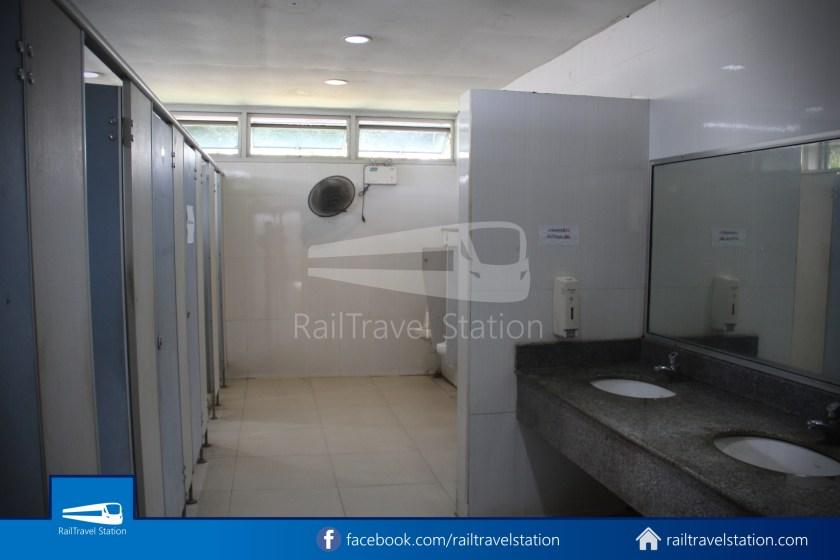 Hat Yai Railway Station Shower Room 008