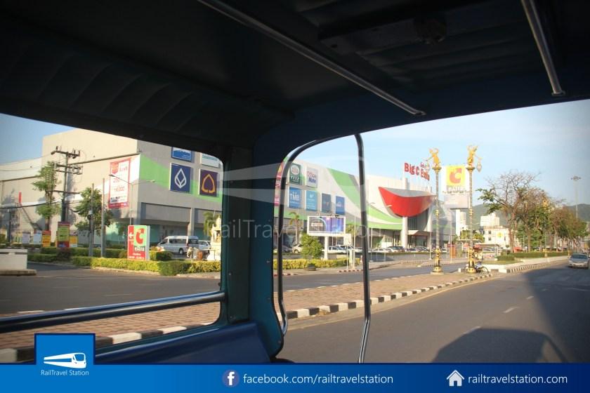Hat Yai Songthaew Dark Green 1871 Hat Yai Park Kim Yong Market 008