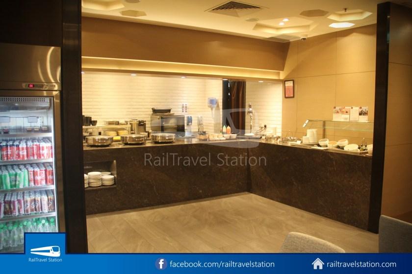 Plaza Premium Lounge SIN T1 006