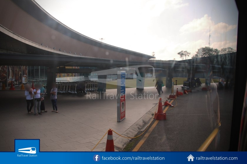 Causeway Link AA1 JB Sentral Senai Airport 9am 028
