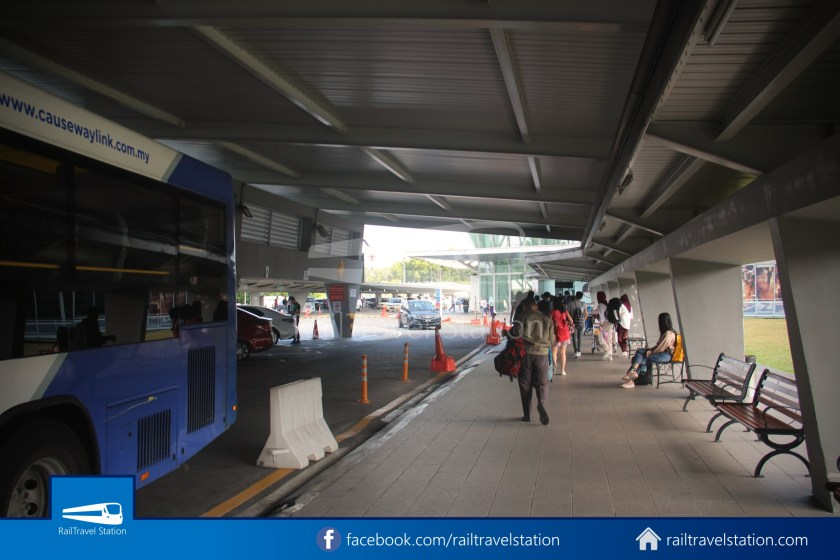 Causeway Link AA1 JB Sentral Senai Airport 9am 030