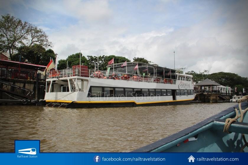 Kuching Penambang Kampung Boyan Waterfront 013