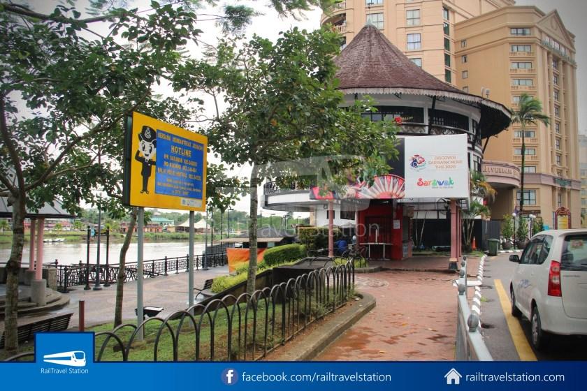 Kuching Penambang The White Barouk Kampung Boyan 002