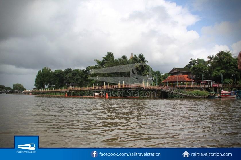 Kuching Penambang The White Barouk Kampung Boyan 012