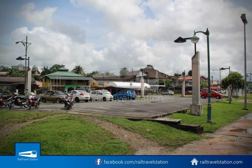Kuching Penambang The White Barouk Kampung Boyan 027