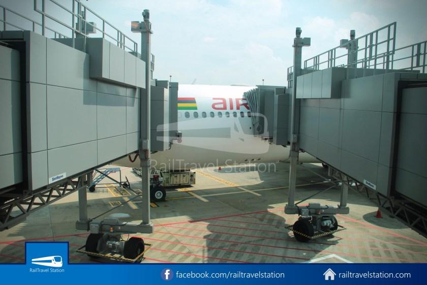 Air Mauritius MK647 KUL SIN 092