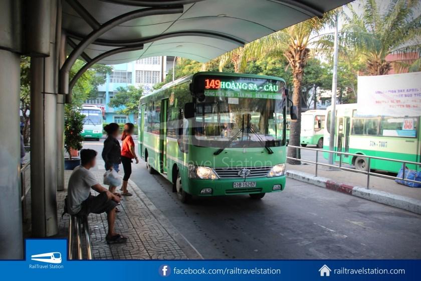 Airport Bus 109 23-9 Park Pham Ngu Lao Tan Son Nhat International Airport 03