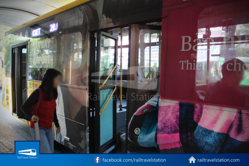 Airport Bus 109 23-9 Park Pham Ngu Lao Tan Son Nhat International Airport 08