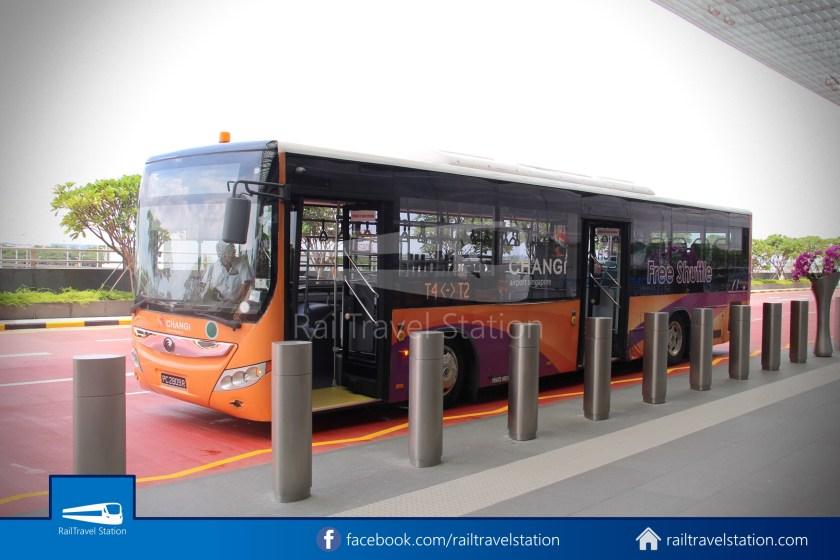 T4 T2 Shuttle Bus Public 09