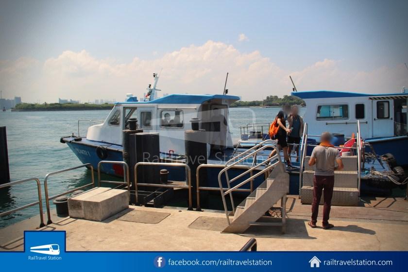 Marina South Ferries St John Island Kusu Island 004