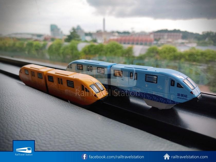 Sentosa Monorail Bus Models Taobao Knockoffs 001