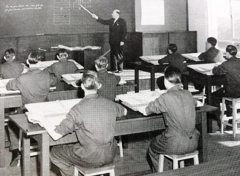 Lesson at Crewe Works Apprentice Training School
