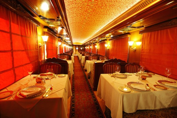 Maharajas Express train India dining restaurant