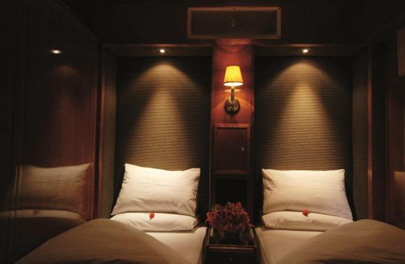 The Blue Train South Africa de luxe suite twin room