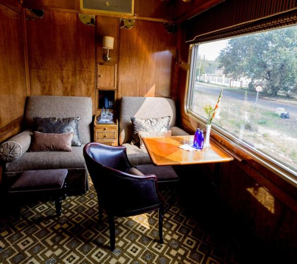 The Blue Train South Africa luxury suite