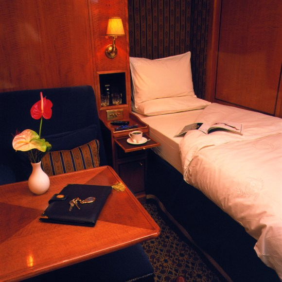 The Blue Train South Africa twin bed cabin