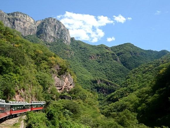 cooper canyon railway Mexico