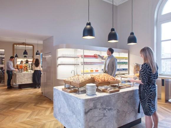eurostar business lounge food buffet