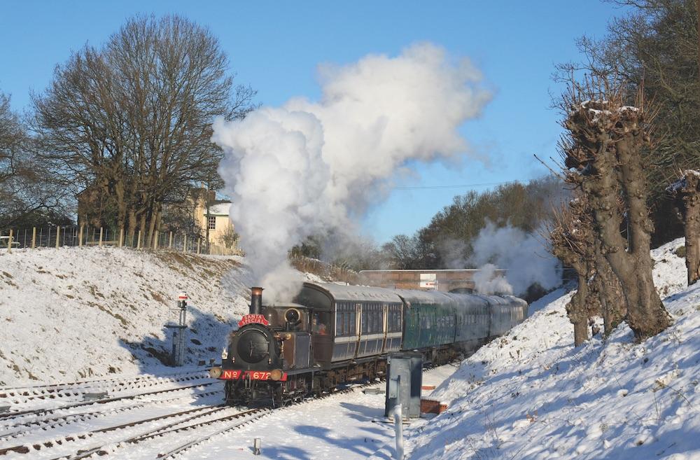 Christmas train trips bluebell railway